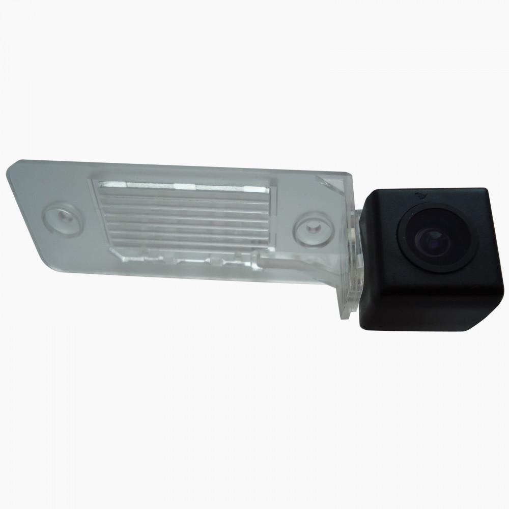 Камера заднего вида IL Trade 9523 VOLKSWAGEN