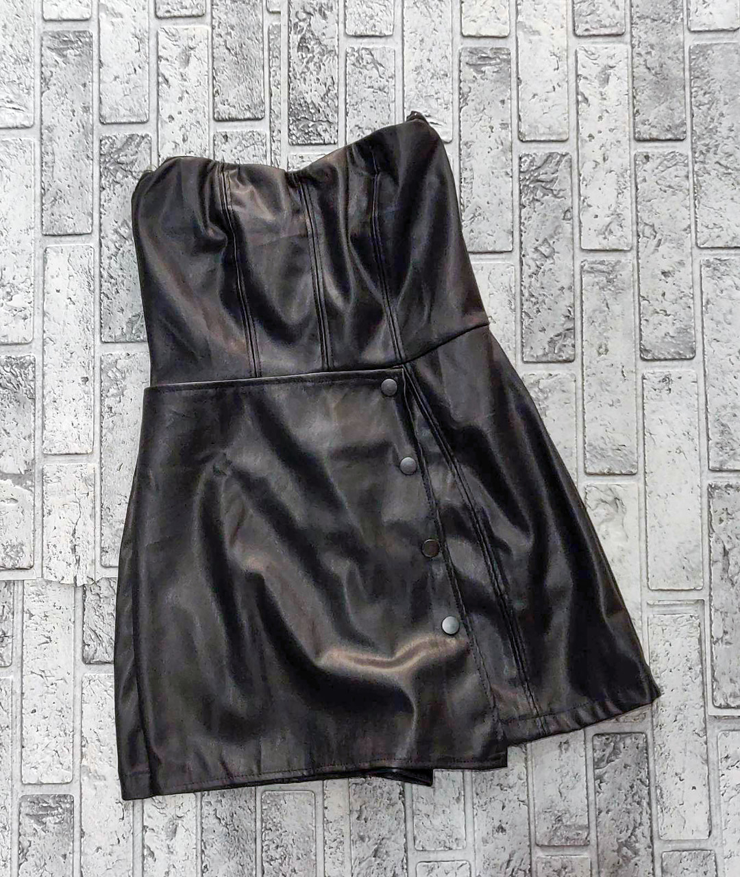 Короткое мини платье кожаное (S-M)