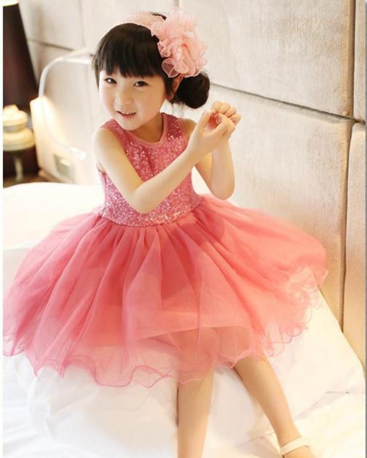 Нарядное красивое детское платье на выпускной праздник утренник фотосессию