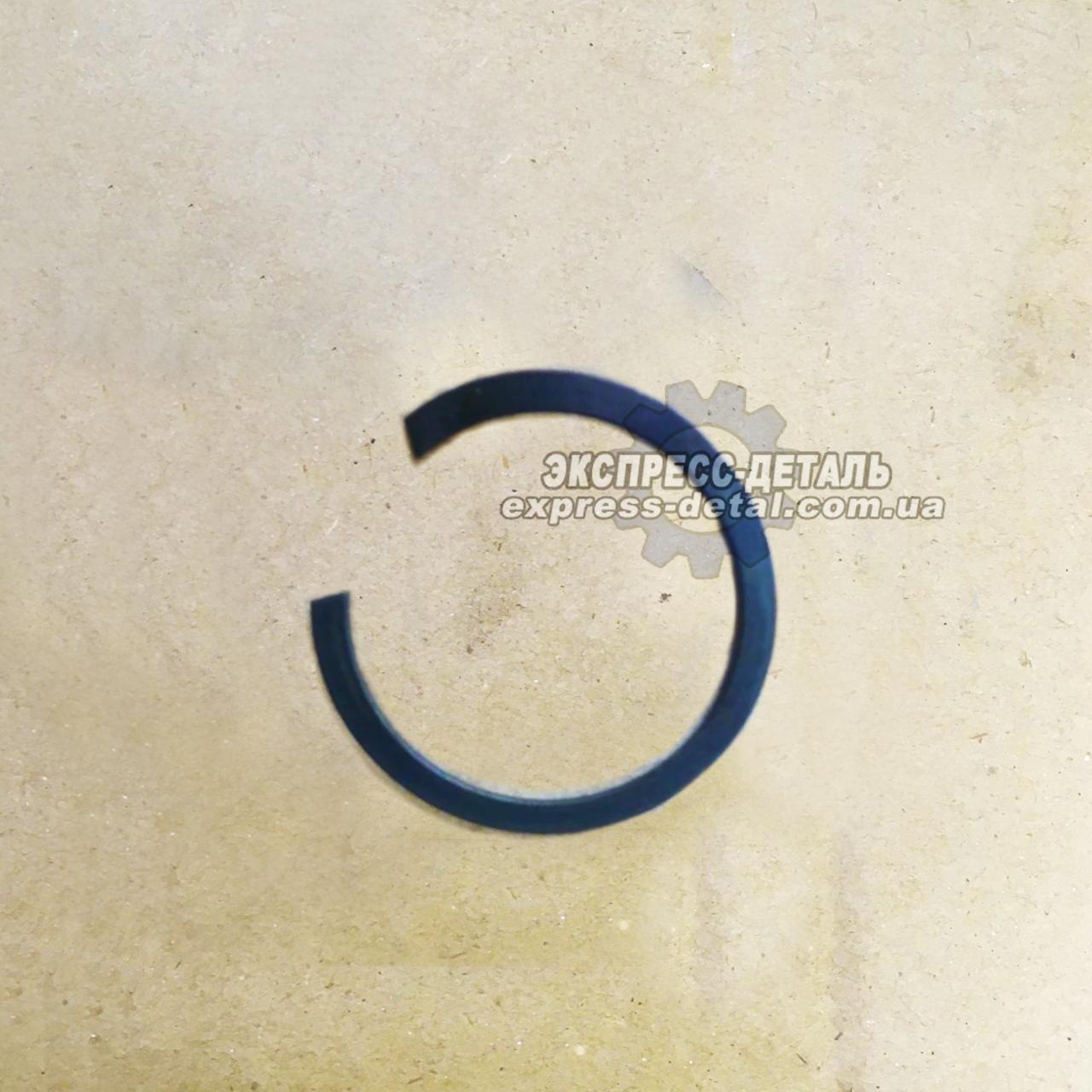 Кольцо шестерни редуктора КПП ЮМЗ 55*45*2 40-1701065-А
