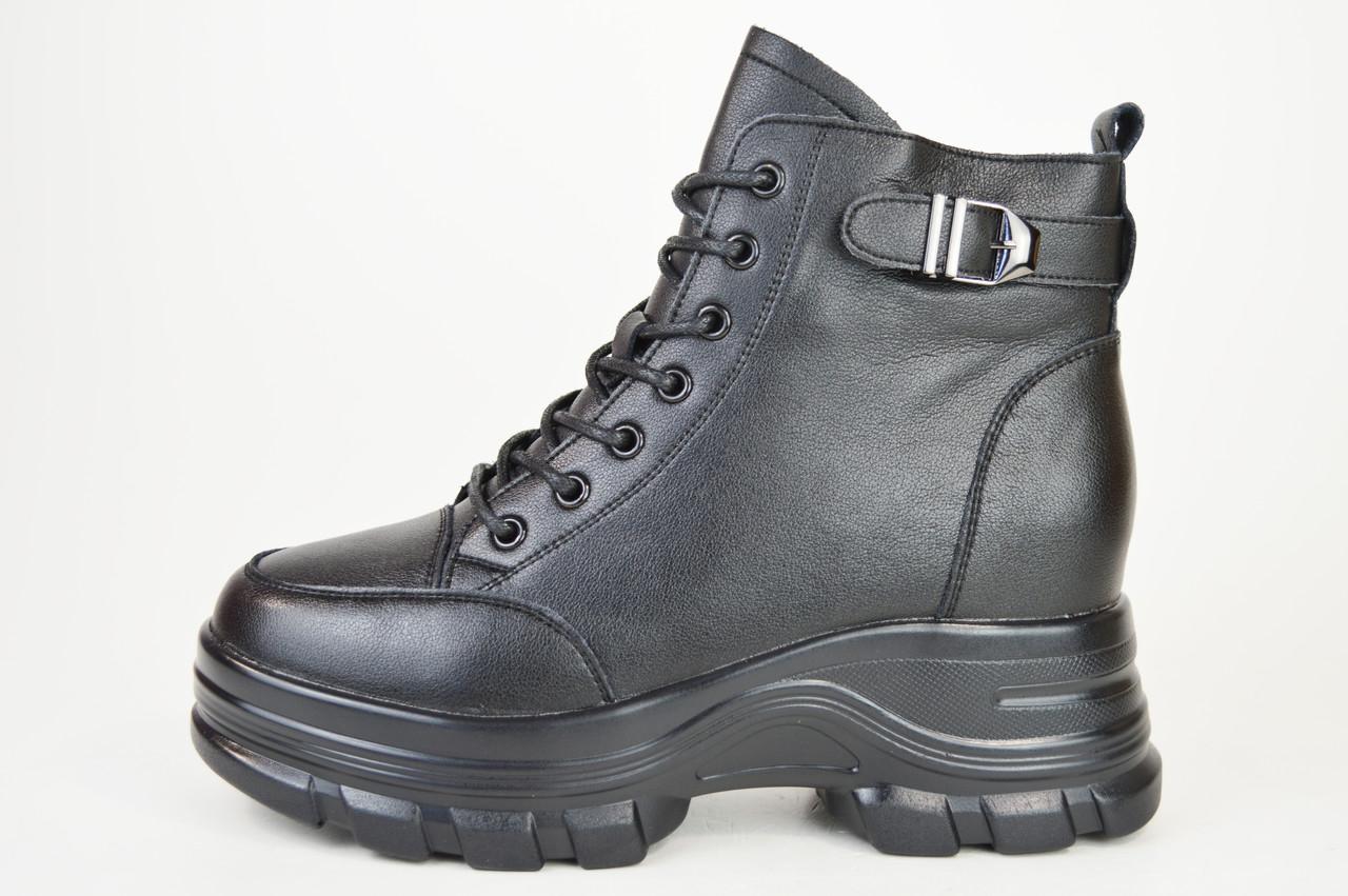 Ботинки кожанаые V.I.konty 9757 черные байка 40