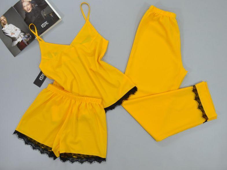 Пижама женская тройка с кружевом майка штаны шорты  Este желтая.
