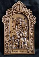 Резная икона Избавительница (300х192)