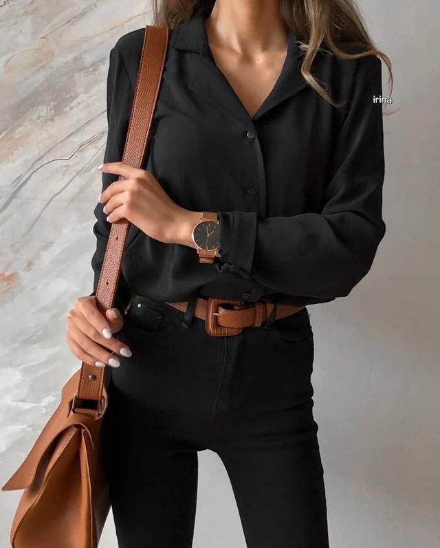 Женская классическая рубашка с длинным рукавом