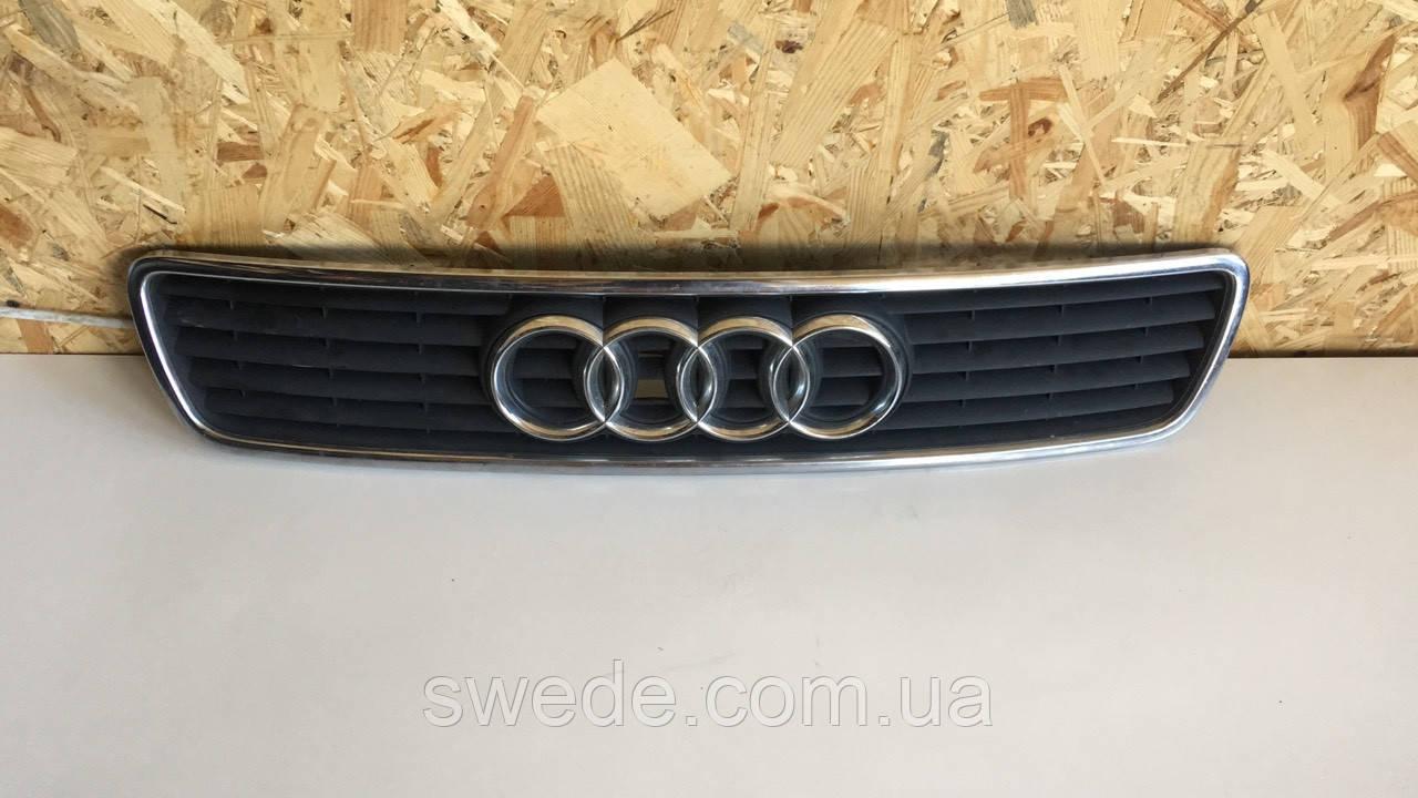 Решетка Audi A4 B5 1995-2001 гг 8D0853651R