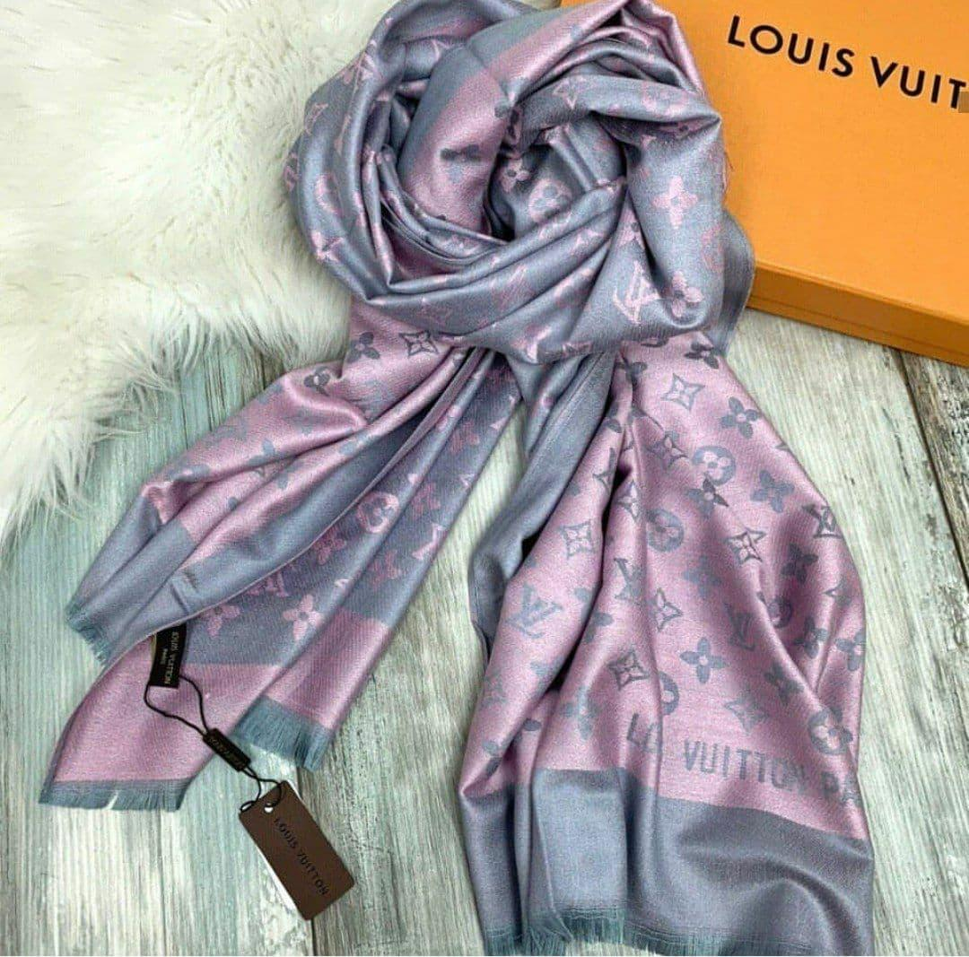 Палантин Louis Vuitton пудрово-серый