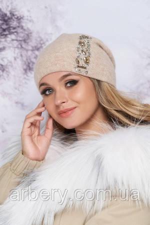 Женская стильная шапочка с камнями