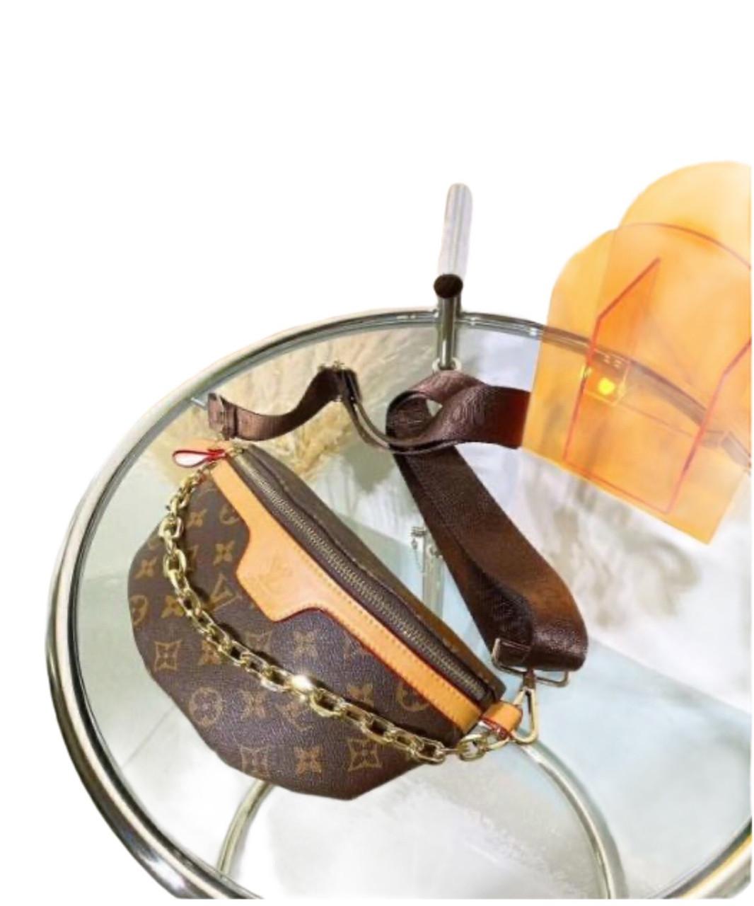 Сумка поясная, нагрудник, бананка клатч Луи Витон Bumbag Monogram