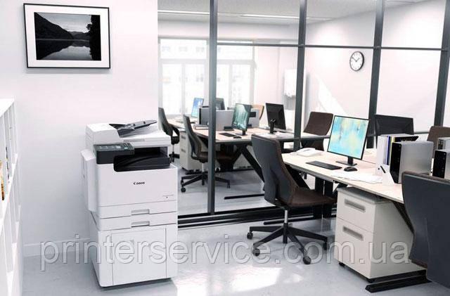 Черно белое МФУ A3 Canon iR 2425 в офисе (рисунок)