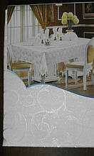 Скатертина атласна з трояндою 152 -220
