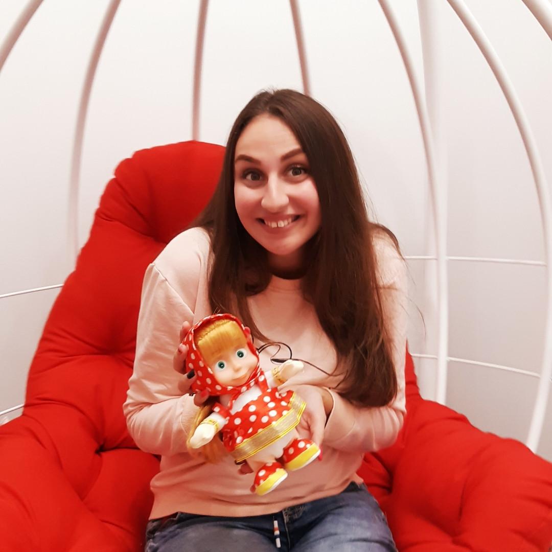 Кукла Маша повторяша