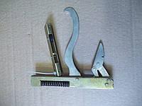 Кронштэйн дверей духовки газовой плиты «Гефест» в комплекте с нижним шарниром, фото 1