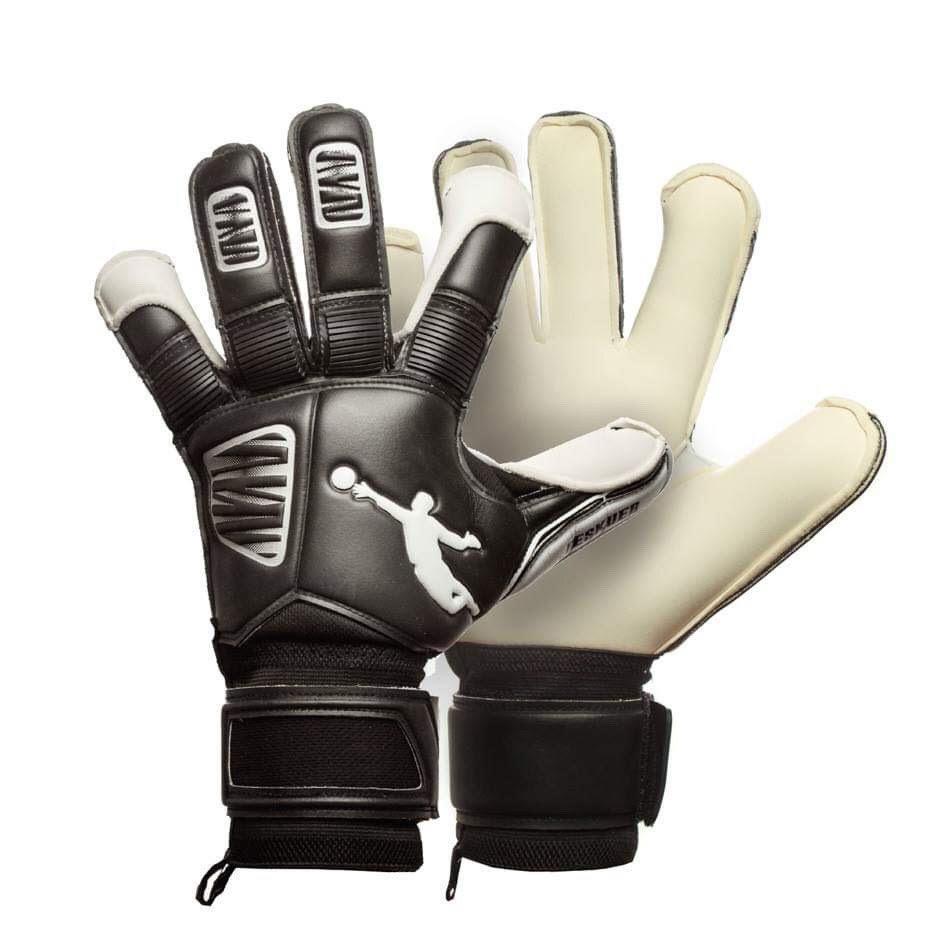 Перчатки вратарские BRAVE GK RESQUER BLACK/WHITE p.9