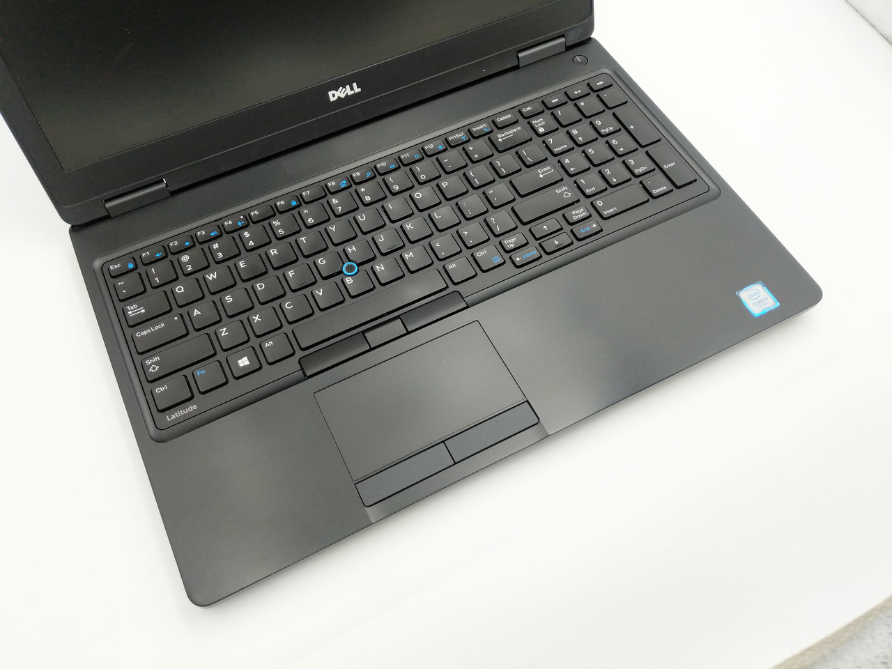 Б/У Dell Latitude 5580 15.6″ HD  i3-7100U /DDR4 8 Gb /SSD  240 GНет в наличии 4