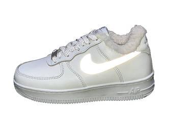 Женские зимние кроссовки Nike Air Force 1 рефлективные (Premium-class) белые с мехом