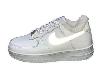 Мужские зимние кроссовки Nike Air Force 1 рефлективные (Premium-class) белые с мехом