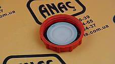 265/00989 Крышка бачка тормозной жидкости на JCB 3CX, 4CX, фото 2