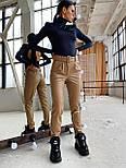 Женские брюки из эко-кожи утепленные на велюре с ремнем, фото 5