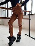 Женские брюки из эко-кожи утепленные на велюре с ремнем, фото 7