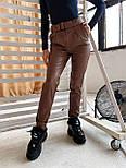 Женские брюки из эко-кожи утепленные на велюре с ремнем, фото 9