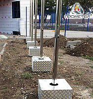 Флагштоки наружные из нержавейки с установкой на металлической тумбе, фото 1