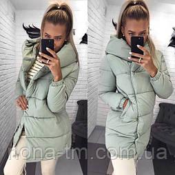 Жіноча зимова куртка подовжена з капюшоном в кольорах (Норма)