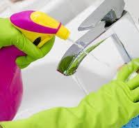 Средства для уборки в ванной комнате и санузле