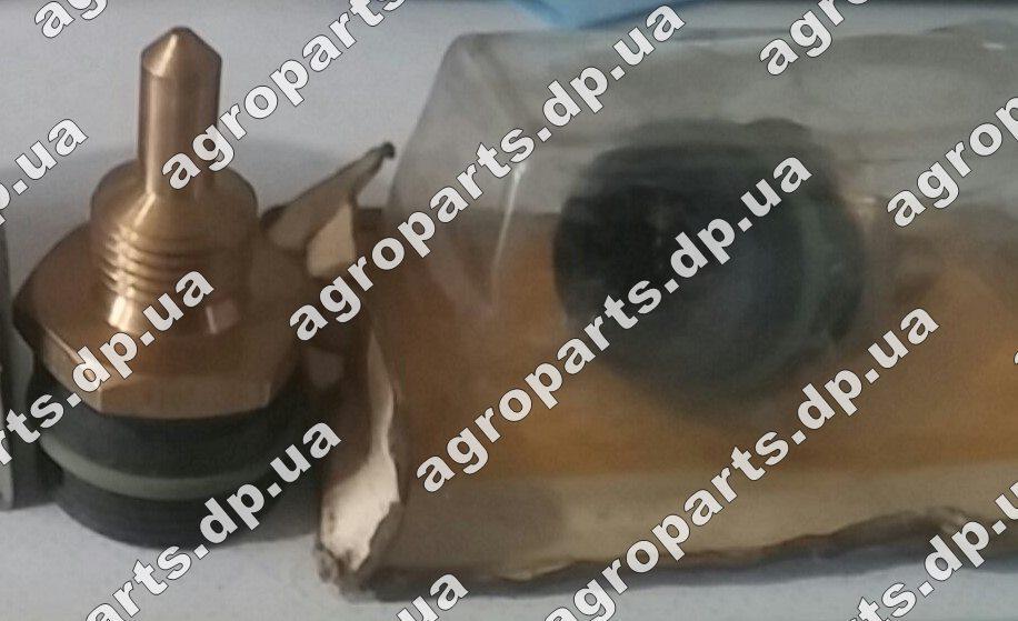 Датчик RE28217 температуры топлива John Deere RE506424 запчасти в Украине re506424