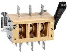 Вимикач-роз'єднувач ВР32И-35А70220 250А на 2 напрями без дугогасительной камери IEK