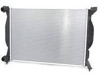 Радиатор Audi- A4 1.6 1.8T 2.0FSI 00->г.630*412 плоские соты 8E0121251A