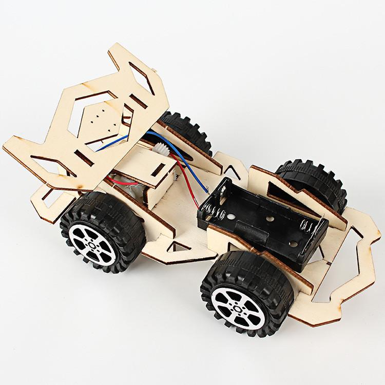 Гоночный болид Ф1 - конструктор деревянный детский - поделка