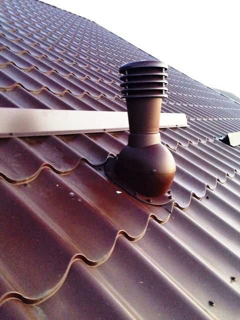 Вентиляционный выход для естественной вентиляции гаража.