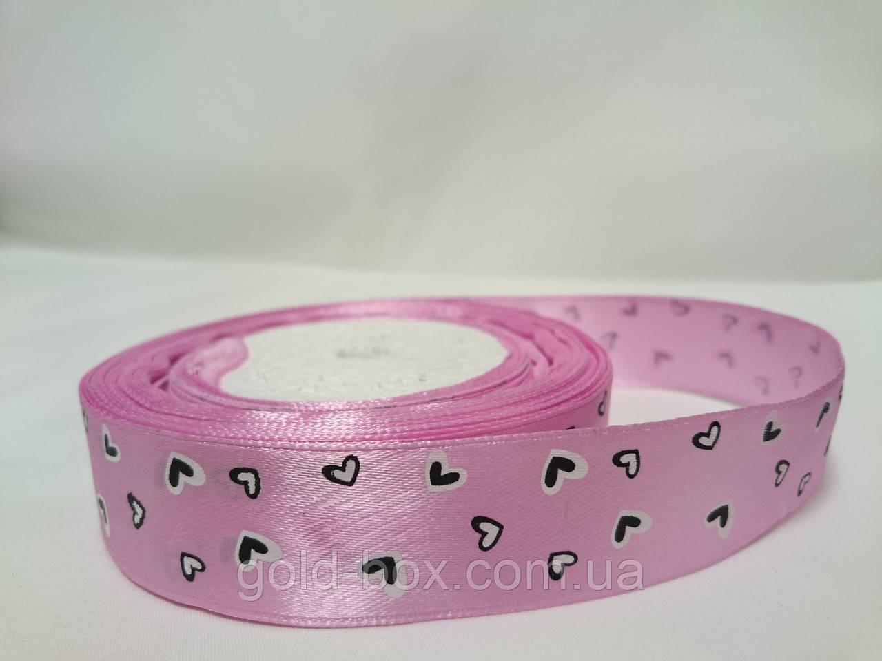 Атласная лента с рисунком 2,5см розовая с сердечками
