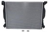 Радиатор Audi- A4, A6 3.0 00г.->3.2 FSI 630*445*32 (плоские соты) 8E0121251C