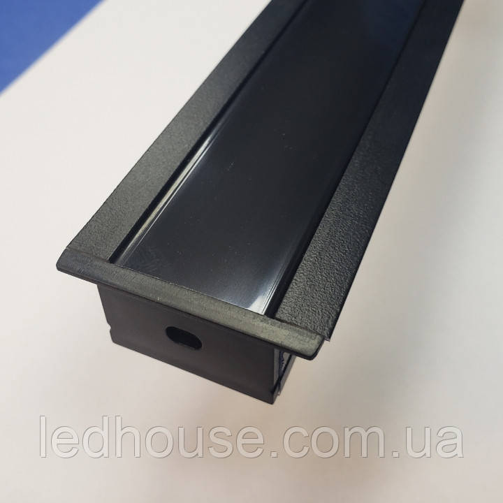 Профиль алюминиевый врезной SV-30 Black + матовый рассеиватель