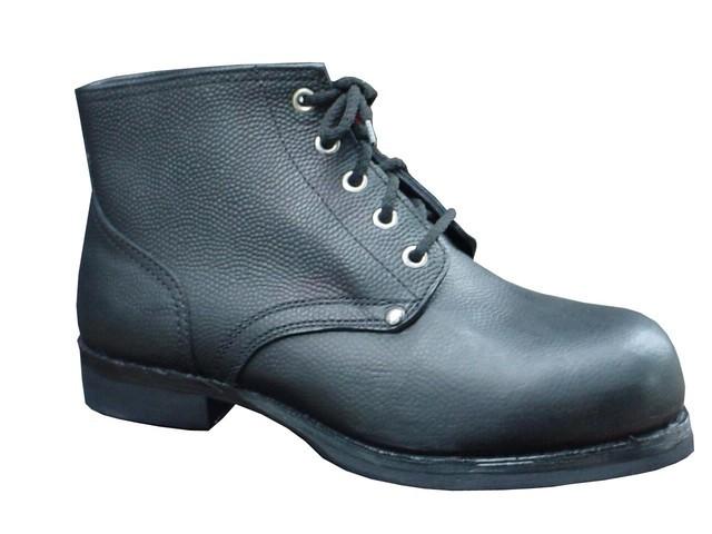 Ботинки кирзовые
