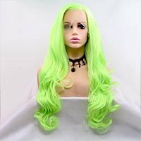 Длинный волнистый реалистичный женский парик на сетке ярко неоново - зеленого цвета
