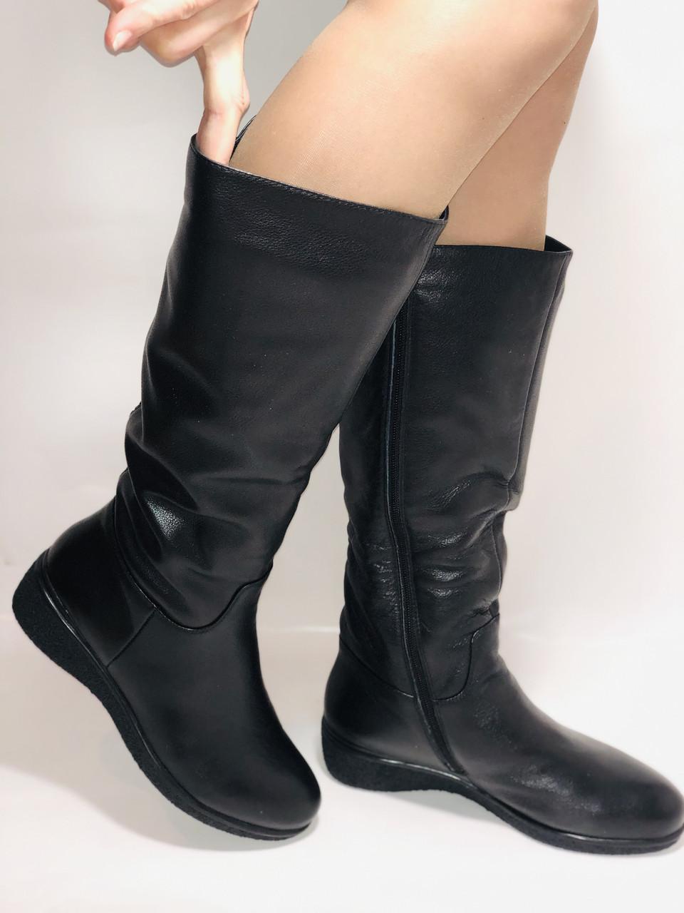 Molka. Зимние сапоги на широкую ногу на натуральном меху из  натуральной кожи.  Р. 36.37.38.