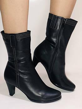 Натуральный мех. Зимние ботинки на среднем каблуке. Натуральная кожа. Люкс качество. Molka. Р. 37.38