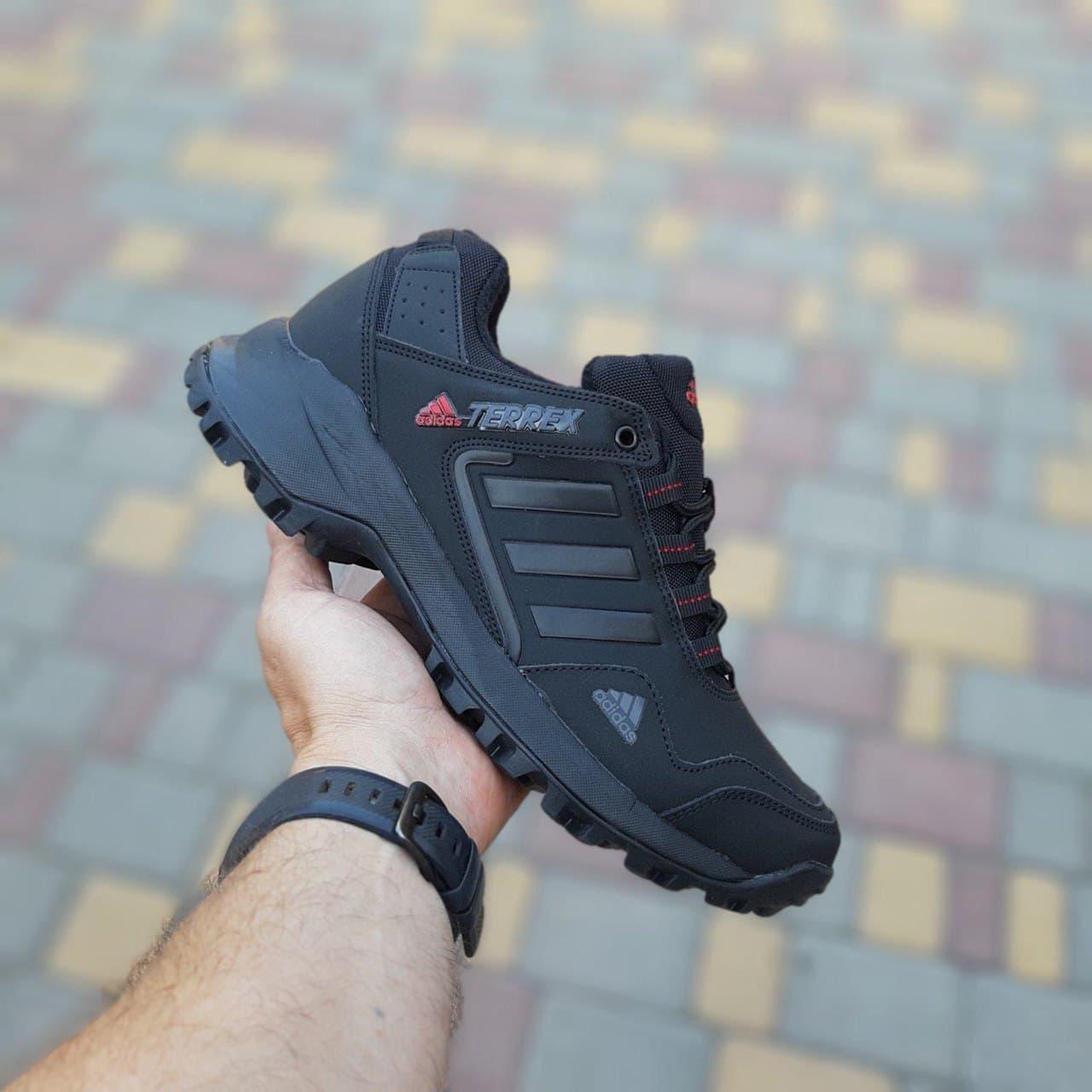 Кроссовки Adidas Terrex низкие Чёрные с красным арт 3514