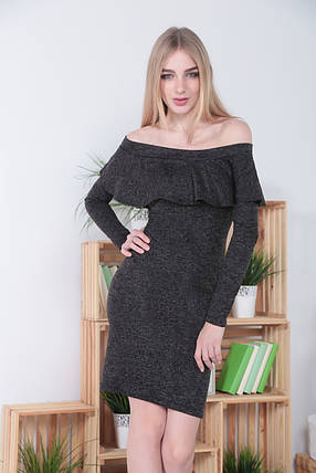 Женское платье миди из ангоры с волан в зоне декольте, фото 2