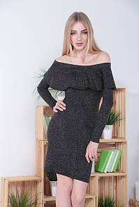 Женское платье миди из ангоры с волан в зоне декольте