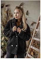 Пальто женское барашек. Размер: 42-46.