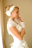 Свадебная шляпка и другие украшения в волосы для невесты