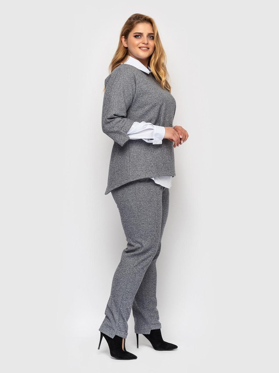 Діловий костюм великого розміру світло-сірий