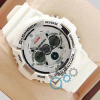 Белые наручные часы с подсветкой Casio GA-200 White