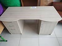 Комп'ютерний письмовий стіл