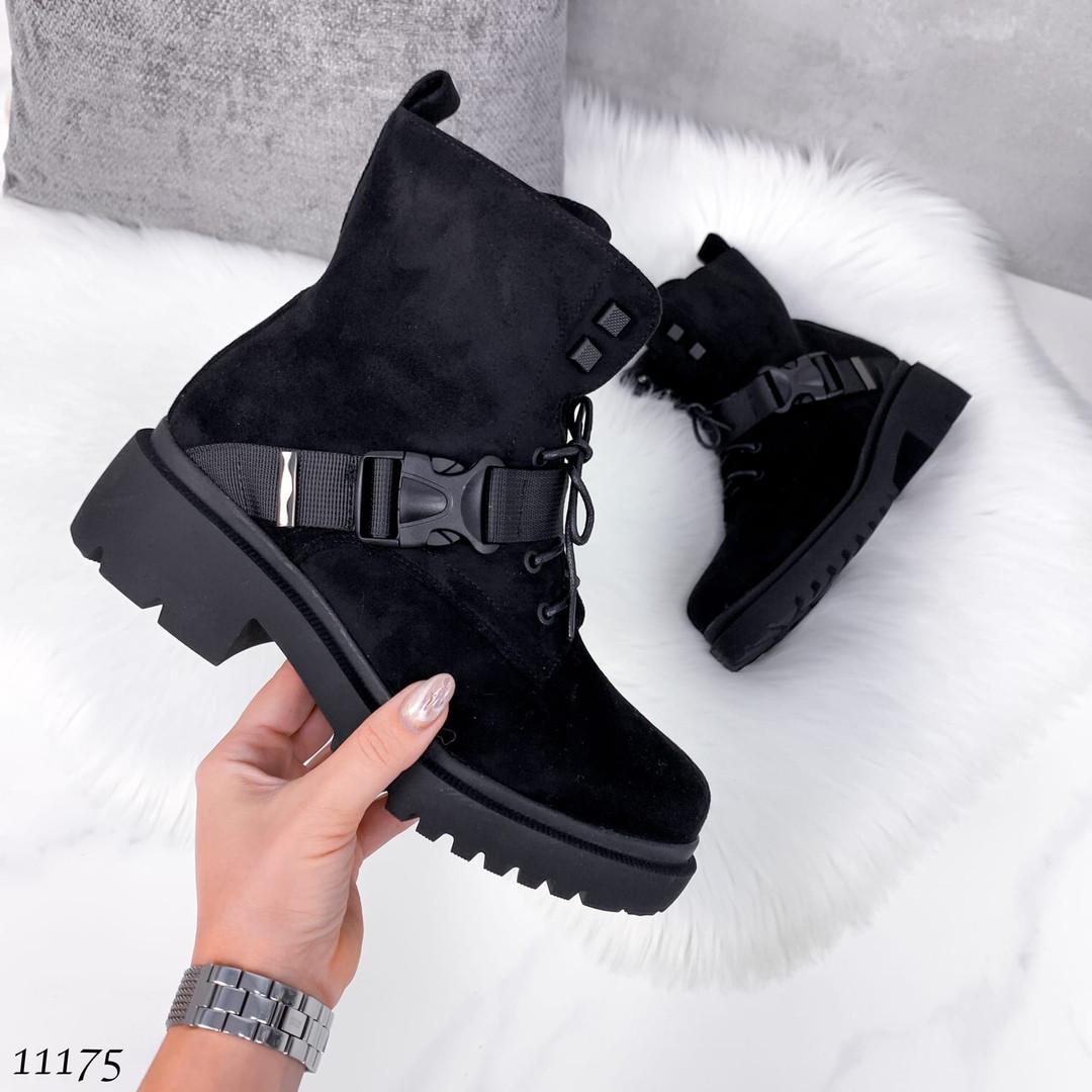 Ботинки с пряжками женские 11175 (ЯМ)