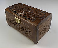 Купюрница шкатулка для денег из дерева резная ручной работы орех 18.8 см * 11 см, высота 10.2 см.
