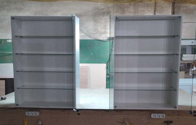 Навесные витрины Модель V261-1